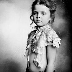 Photo: M. Oelofse Style: N. van Eck Zolezzi H: D. Bessesen