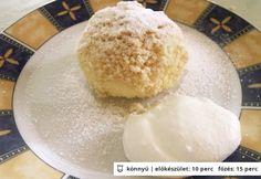 Habkönnyű túrógombóc Lunch Recipes, Sweet Recipes, Cake Recipes, Cooking Recipes, Hungarian Desserts, Hungarian Recipes, Hungarian Food, Good Food, Yummy Food