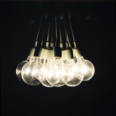 Muuto E27 lamps tied together to lighten up the room.