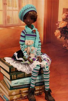 Hand Knit Doll Outfit Set for BJD Doll 18  Kaye Wiggs