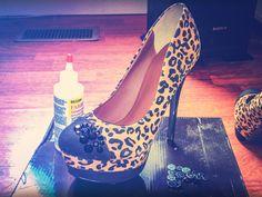Shoe DIY: Twinkle Toes | The Ravenous Creator