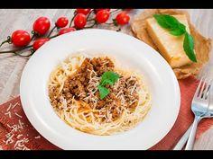Reteta - Spaghete Bolognese - YouTube Bologna, Pizza, Ethnic Recipes, Food, Meal, Essen
