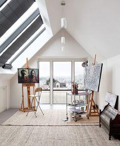 Snygg atelje med takfönster