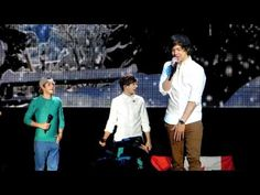 One Thing (Boys threw water on Harry) - One Direction Concert in Toronto May 31, 2012