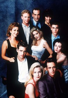 A gallery of Beverly Hills, 90210 publicity stills and other photos. Featuring Shannen Doherty, Luke Perry, Jason Priestley, Jennie Garth and others. Beverly Hills 90210, Jason Priestley, Jennie Garth, Brian Austin Green, Old Tv Shows, Best Tv Shows, Quentin Tarantino, Buffy, 90210 Actors