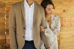 Kryz Uy and Slater Young Look So In-Love in Their Chill Engagement Shoot! Pre Wedding Photoshoot, Photoshoot Ideas, Engagement Pictures, Engagement Shoots, Prenup Outfit, Prenup Photos Ideas, Prenuptial Photoshoot, Kryz Uy