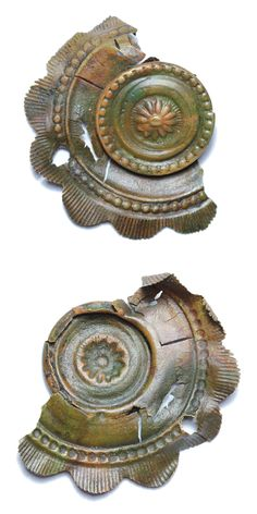 Copper alloy mount. Date: 1800 – 1900 (?). Material: copper alloy. Dimensions: 44,6  x 36,2 mm, thickness: 4,1 mm. Weight: 2,5 g. Found: Lancashire 2015. #metaldetecting,  # 0354