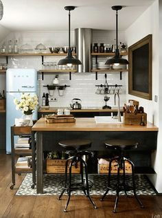 HOME DZINE Kitchen | Maximise a small kitchen