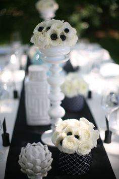 Modern anemone wedding centerpieces. Black&White.