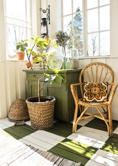 <3 green and white floor (1) From: Vintage House, please visit