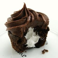 Chocolate cupcake with cream filling desserts-to-try