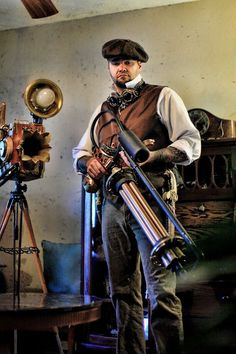 i could make that gun - CO2 tank some hose, a few copper pipes and a rottary drill, some pvc pipe and some other awesomeness