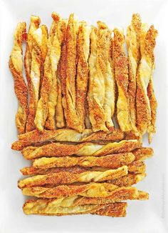 SMOKY SPICY CHEESE STRAWS