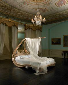 Enignum-Canopy-Bed-qvest-46