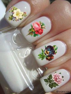 18 Vintage Floral Nail-Designs, Die Sie Lieben Werden - http://deutschstyle.net/2017/09/05/18-vintage-floral-nail-designs-die-sie-lieben-werden.html