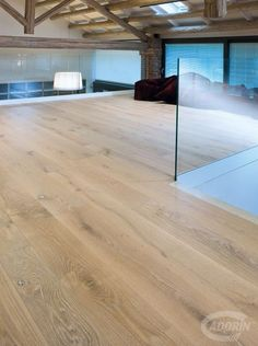 Wooden floors - Contorta Quercus Brushed Aged Bleached oil-effect varnished - Pavimento in legno - Quercia Contorta spazzolata dalla superficie vissuta, sbiancata a vernice o ad olio naturale. #cadorin italian top quality wood flooring - Hardwood three layers floors @cadoringroup