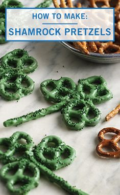 Your friends and family are sure to feel lucky if you serve these Shamrock Pretzels at your St. Patrick's Day party! You can make this salty sweet Inspired Gathering treat in just a few easy steps. Check out the full dessert recipe to learn how. St Patricks Day Crafts For Kids, St Patricks Day Food, St Patrick's Day Crafts, St Patricks Day Deserts, Holiday Treats, Holiday Recipes, Party Treats, Sant Patrick, St Patrick Day Snacks