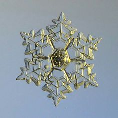 Ice Club, Snowflake Photos, Frozen Water, Ice Crystals, Winter Images, Snow Flakes, Snow And Ice, Winter Beauty, Winter Snow