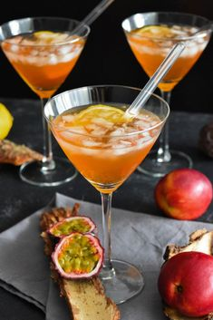 Spicy Drinks, Healthy Cocktails, Alcoholic Cocktails, Party Food And Drinks, Summer Cocktails, Cocktail Drinks, Fun Drinks, World's Best Food, Incredible Recipes