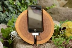 Wooden iPhone Docking station Oak wood iPhone stand Handmade wooden iPhone holder Round iPhone Dock