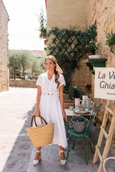 Tuscany For Our Anniversary Part - Gal Meets Glam Spring Look, Spring Summer Fashion, Summer Vacation Outfits, Spring Outfits, Mode Outfits, Trendy Outfits, Dress Outfits, Fashion Dresses, Anniversary Part
