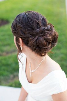 I really like this updo....not sure if my hair is think enough for the braid thing.