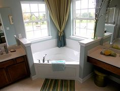 "apparently called a ""garden tub"" or corner tub. Seems like it could be a space saver and I like the aesthetics of it. apparently called a garden tub or corner tub. Seems like it could be a space saver and I like the aesthetics of it. Tub Remodel, Master Bath Remodel, Remodeling Mobile Homes, Home Remodeling, Small Bathroom, Master Bathroom, Bathroom Ideas, Corner Tub, Garden Tub"