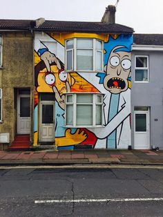 This Rick and Morty house in Brighton , England : mildlyinteresting