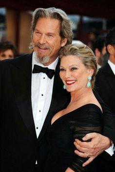 Jeff Bridges & Susan Geston married 40 years and going strong Leon Bridges, Jeff Bridges Wife, Movie Couples, Famous Couples, Happy Couples, Tv Actors, Actors & Actresses, Dapper Dan, The Big Lebowski