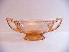 art deco Luxval Val St Lambert bowl, Victoria, 1935 #ValStLambert