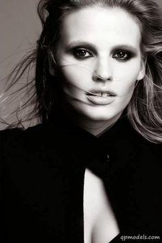 Lara Stone Is The New Face Of L'Oréal Paris 2013 - http://qpmodels.com/european-models/lara-stone/3860-lara-stone-is-the-new-face-of-lor233al-paris-2013.html