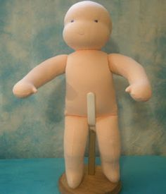 Moonchild Dolls: Anatomy of a Doll or How to look good naked
