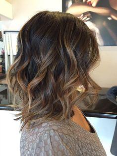 6 Great Balayage Short Hair Looks – Stylish Hairstyles Medium Hair Styles, Curly Hair Styles, Medium Wavy Hairstyles, Brown Hairstyles, Balayage Lob, Balayage Brunette Short, Baylage Short Hair, Lob Ombre, Hair Bayalage