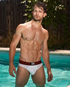 """derekyates: """"In honor of the #FirstDayofFall and #ThrowbackThursday, here's a pic of me in a pool wearing #MyCalvins shot by @travislanephoto. • • • • • #firstdayofautumn #tbt #calvinklein #underwear #fall #autumn #sexy #hot #sexymen #hotguys #abs..."""
