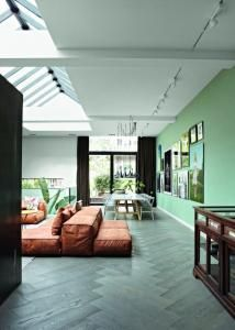 http://www.delood.com/interiors/multiple-choices-erik-gutters-and-sven-smit
