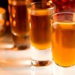 Licor de mandarina (Mandarin liquor)