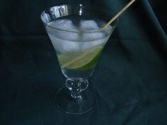 African Lion Cocktail Recipe #cocktail #cocktails #drink #drinks