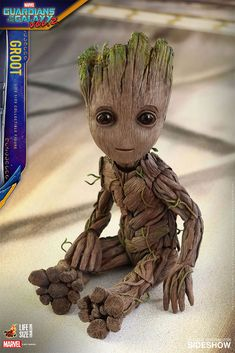 Fan-favorite figure makers Hot Toys have revealed their life-size Baby Groot figure from Guardians of the Galaxy Vol. Get your own Baby Groot next year! Groot Toy, I Am Groot, Geeks, Starlord And Gamora, Anime Gifs, Guardians Of The Galaxy Vol 2, Groot Guardians, Film Serie, Marvel Movies