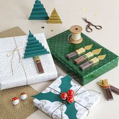 Christmas Present Wrap, Christmas Gift Wrapping, Diy Christmas Gifts, Christmas Time, Christmas Decorations, Diy Presents, Diy Gifts, Gift Wraping, Creative Gift Wrapping