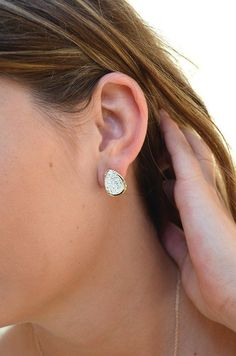 Talk about your easy, everyday earring that's still right on trend. This stud is gold with a silver teardrop druzy. Diamond Earrings, Stud Earrings, Silver, Gold, Jewelry, Products, Jewlery, Money, Bijoux