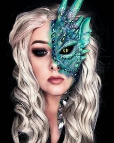 Shared by ⓚⓐⓗ. Find images and videos about girl, art and makeup on We Heart It - the app to get lost in what you love. Sfx Makeup, Body Makeup, Costume Makeup, Glam Makeup, Beauty Makeup, Creative Eye Makeup, Unique Makeup, Cool Makeup Looks, Crazy Makeup