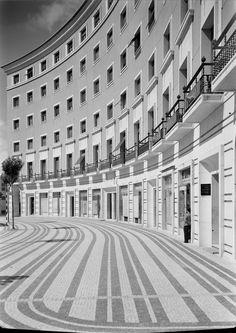 Praça do Areeiro, circa Lisbon Architecture Details, Landscape Architecture, Places Around The World, Around The Worlds, History Of Portugal, Pavement Design, Paving Pattern, Paving Design, Visit Portugal