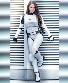 Hendo Art Photo: Nerdypictures Armor: kathe wilson - Star Wars Cosplay - Star Wars Cosplay news - - Hendo Art Photo: Nerdypictures Armor: kathe wilson Sith, Film Science Fiction, Armadura Cosplay, Starwars, Star Wars Girls, Star Wars Costumes, Geek Girls, Cultura Pop, Star Wars Art