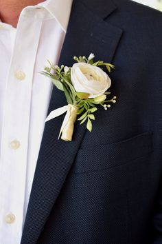 Boutonniere, minus the weird wrapping Ranunculus Boutonniere, White Boutonniere, Rustic Boutonniere, Groomsmen Boutonniere, Boutonnieres, Fall Wedding Boutonniere, Bullet Boutonniere, Babys Breath Boutonniere, Prom Corsage And Boutonniere