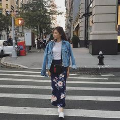 Alex gonzaga is our newest travel style crush - star style ph Hongkong Outfit Travel, Travel Ootd, Winter Travel Outfit, Travel Outfits, Travel Fashion, Taipei Travel, Travel Tips, Casual Fall Outfits, Summer Outfits