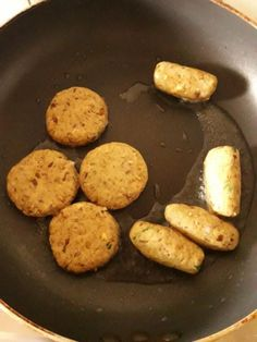 vegetarian shami kabab or veg shammi kabab with step by step instructions. Healthy Party Snacks, Appetizers For Party, Snack Recipes, Easy To Make Snacks, Easy Meals, Food For Diabetic Patient, Shami Kabab, Snack Items, Falafel Recipe