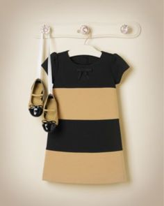 Janie & Jack Hello Houndstooth Black & Tan Colorblock Ponte Dress in Tan Stripe with Quilted Patent Leather Ballet Flat in Tan (Double Bow Grosgrain Ribbon Barrette available to match) Little Girl Fashion, Toddler Fashion, Kids Fashion, Little Girl Dresses, Girls Dresses, Kids Outfits, Cute Outfits, Mini Vestidos, Janie And Jack