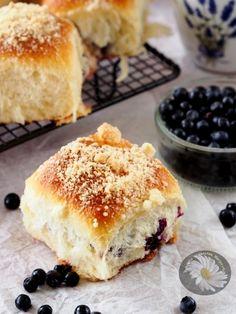 Kulinarne szaleństwa Margarytki: Jagodzianki z kruszonką /bułeczki z jagodami
