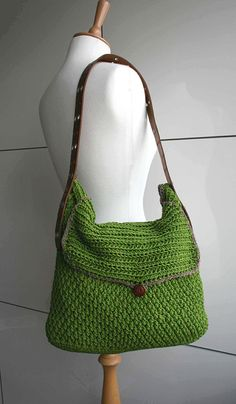 Leather Handle Carry All Purse Crochet Pattern