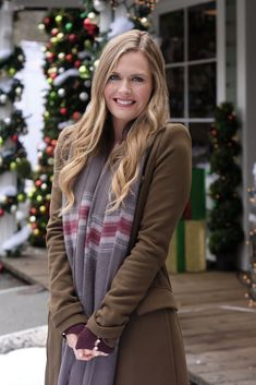 """Christmas in Evergreen: Tidings of Joy"" is the third movie based on the work of Hallmark artist Geoff Greenleaf, and it is the second Hallmark movie Maggie Lawson has starred in with Paul Greene! Jill Wagner, Hallmark Channel, New Family Movies, Maggie Lawson, Family Christmas Movies, Pleasing People, Erin Krakow, Ashley Williams, Great Smiles"